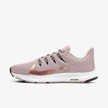NIKE Atlete WMNS NIKE QUEST 2